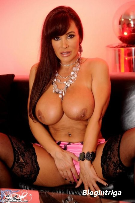Lisa Ann - photo from the internet piggy bank
